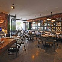 mezzaluna-restaurant